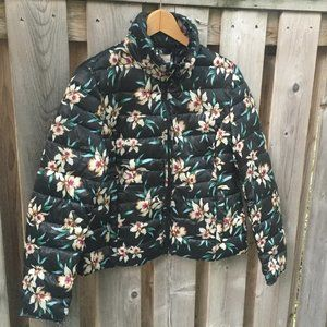 Numph Anthro black floral puffer jacket - size XS